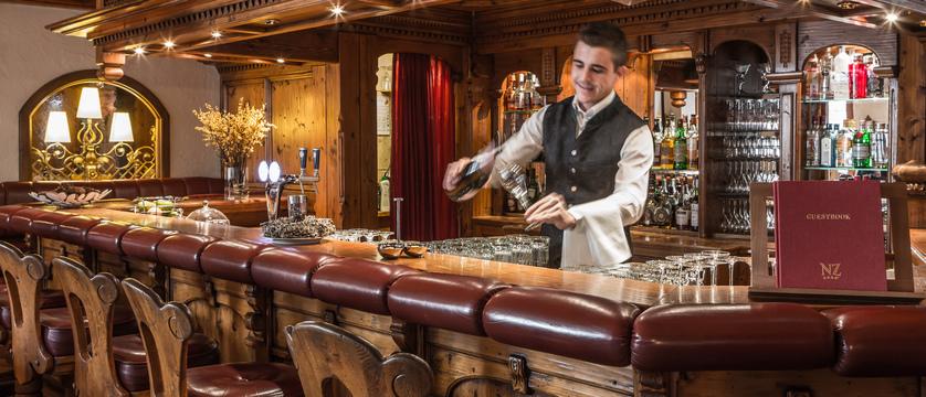switzerland_zermatt_hotel-national_bar.jpg